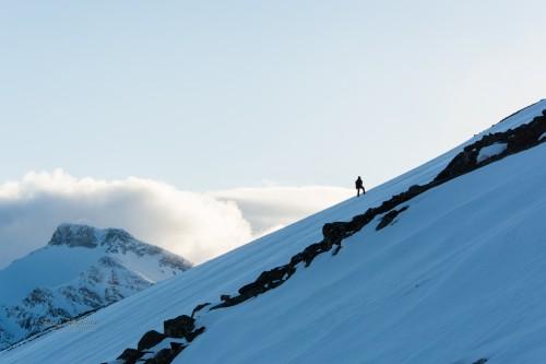 Th memory of a (hu)manon  a mountain